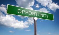 """""""eu resumiria em """"oportunidade"""" porque, segundo minhas crenças, essa vida é uma oportunidade de evoluir e o mundo está aqui pra nos proporcionar isso então o mundo é oportunidade"""""""